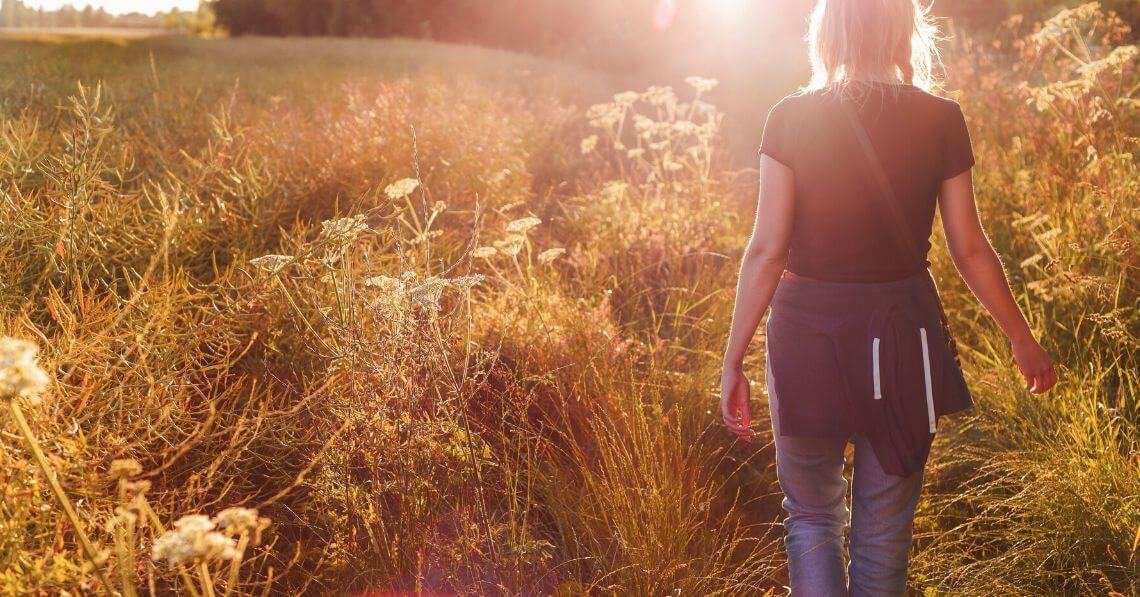 6 Reasons to Try Mindful Walking