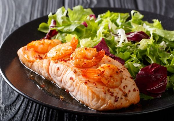 An Omega-3 Feast: Garlic Dijon Shrimp and Salmon Foil Packs