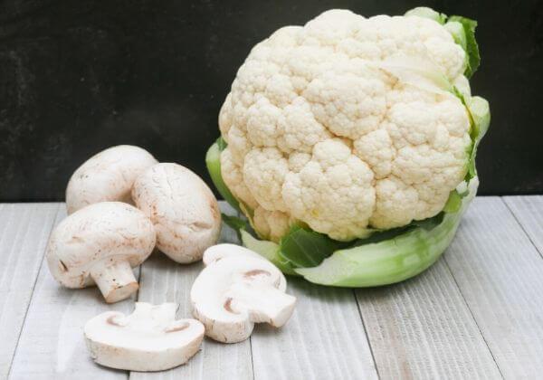 Easy Mushroom Cauliflower Rice Meal + 7 Health Benefits of Going Paleo