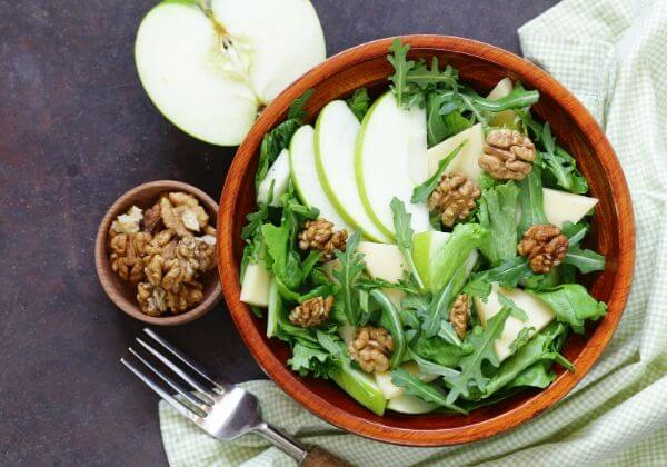 Fiber-Packed Apple, Fennel, and Celery Salad for Healthy Digestion