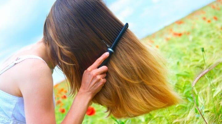 5 Ways to make your haircare & beauty routine eco-friendly