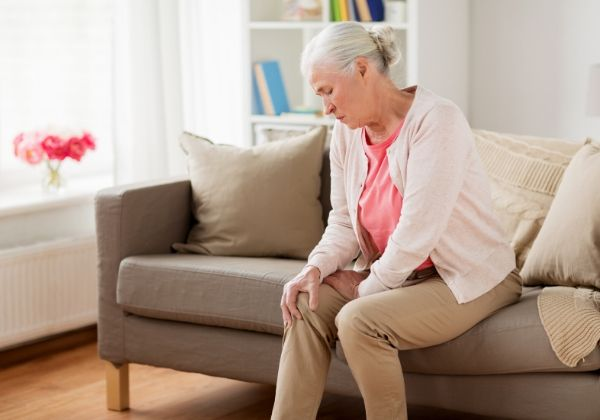 Leg Pain: Causes, Associated Conditions, and Treatment