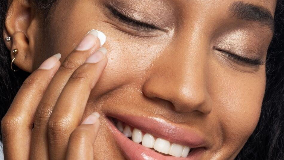 What Your Skin Issues Mean for Your Overall Wellbeing + How To Deal With Them Holistically