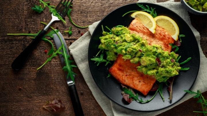 Baked salmon and avocado salsa