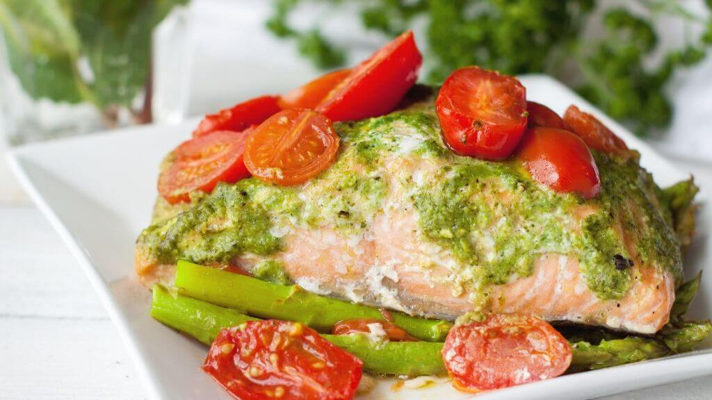 Salmon, asparagus, and tomatoes