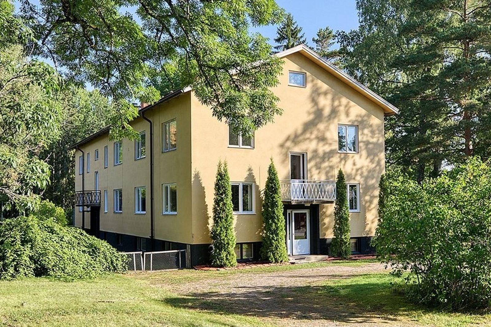 Nyinflyttade på Edströms väg 10A, Hälleforsnäs | streetanthemrecords.com