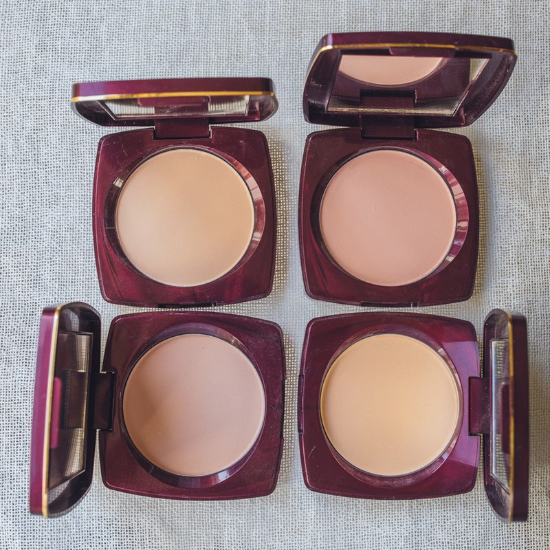 Lakme Radiance Compact Natural Shell 9gm
