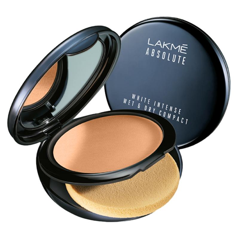 Lakme Absolute White Intense Wet & Dry Compact Golden Medium 03 9gm
