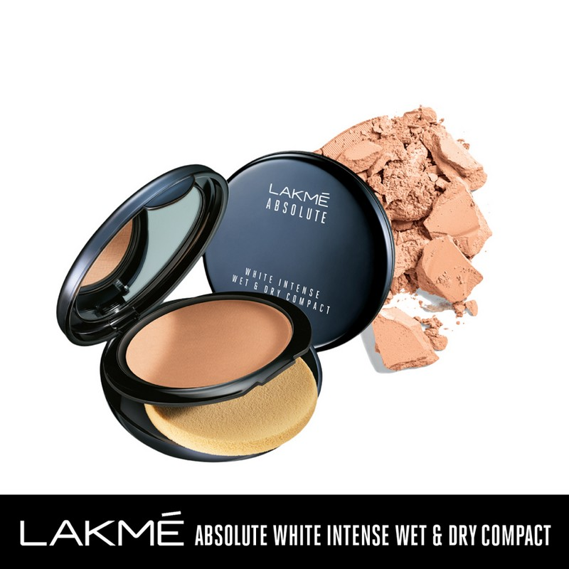 Lakme Absolute White Intense Wet & Dry Compact Golden Light 04 9gm