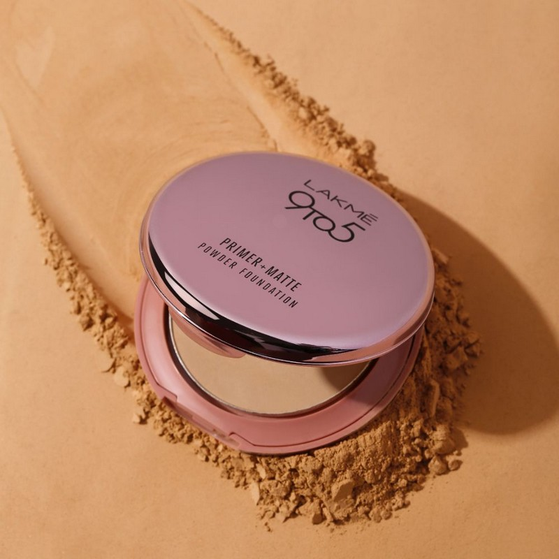 Lakme 9 To 5 Primer + Matte Powder Foundation Compact Rose Silk 02 9gm