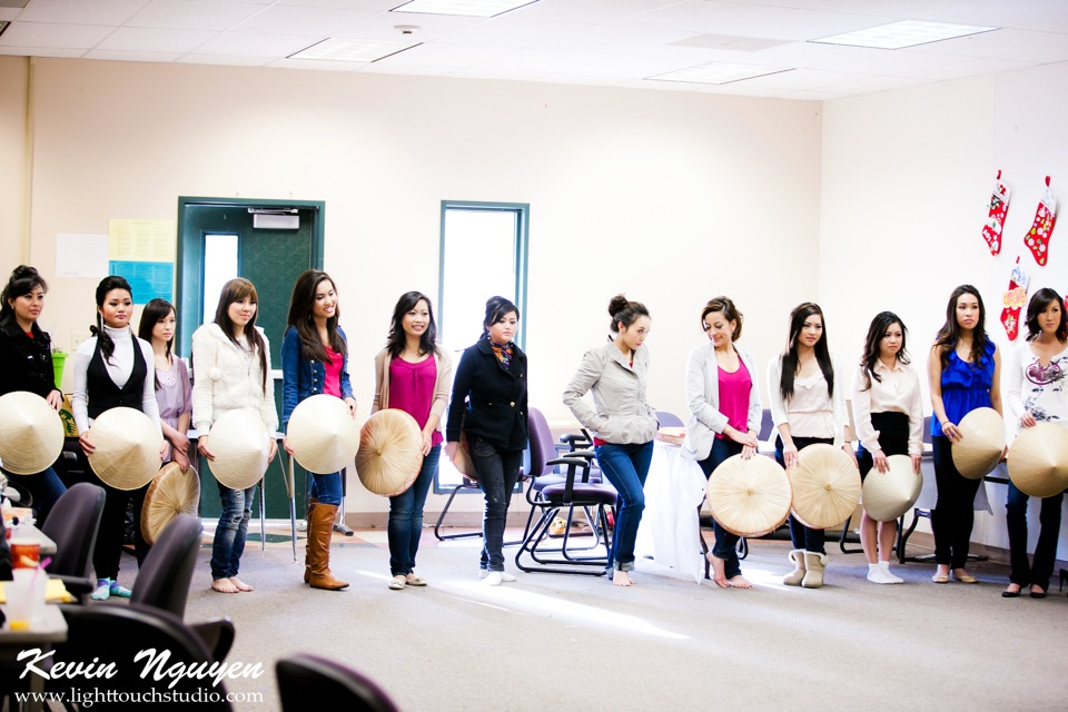 Contestant Practice-Rehearsal 2012 - Image 018