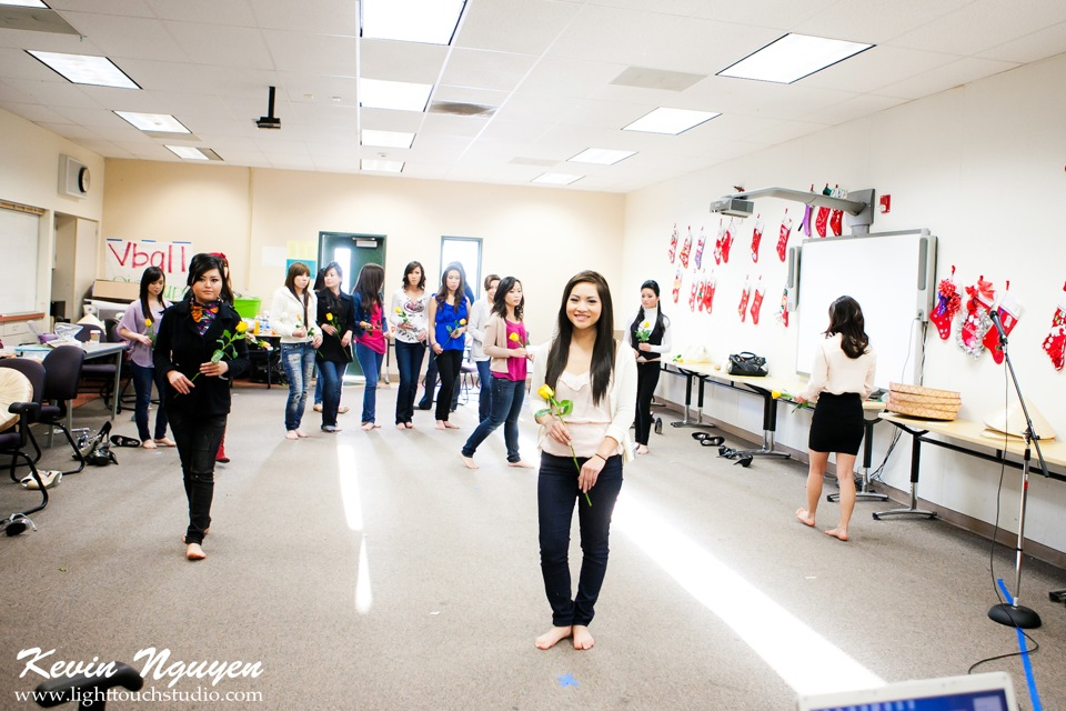 Contestant Practice-Rehearsal 2012 - Image 091