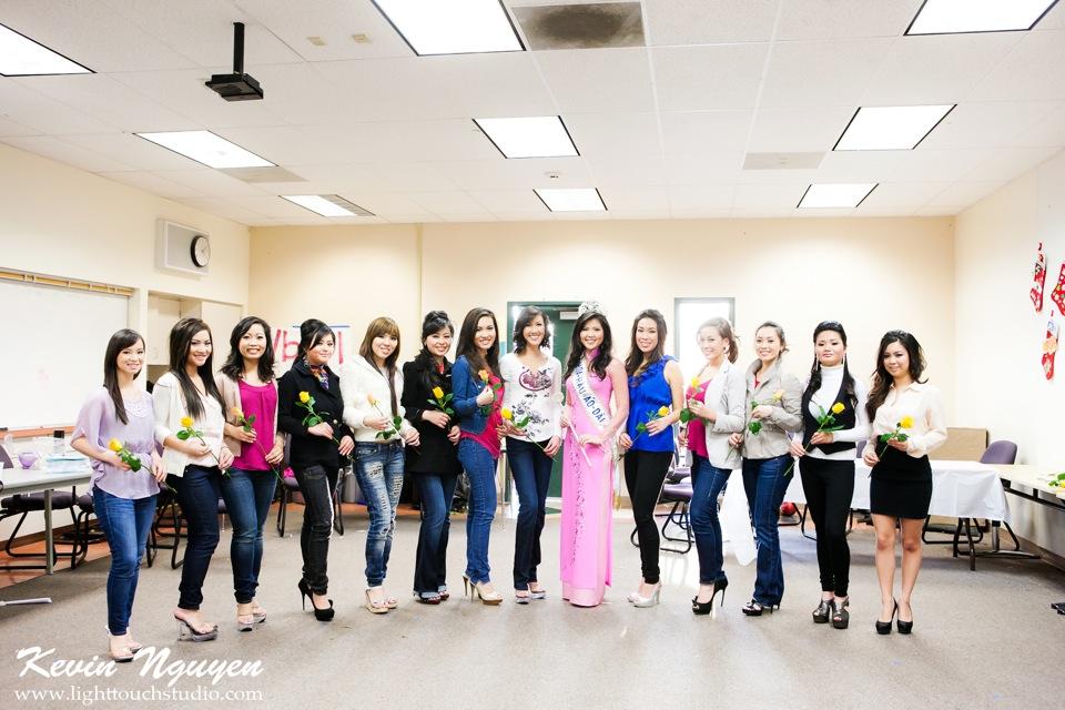 Contestant Practice-Rehearsal 2012 - Image 114