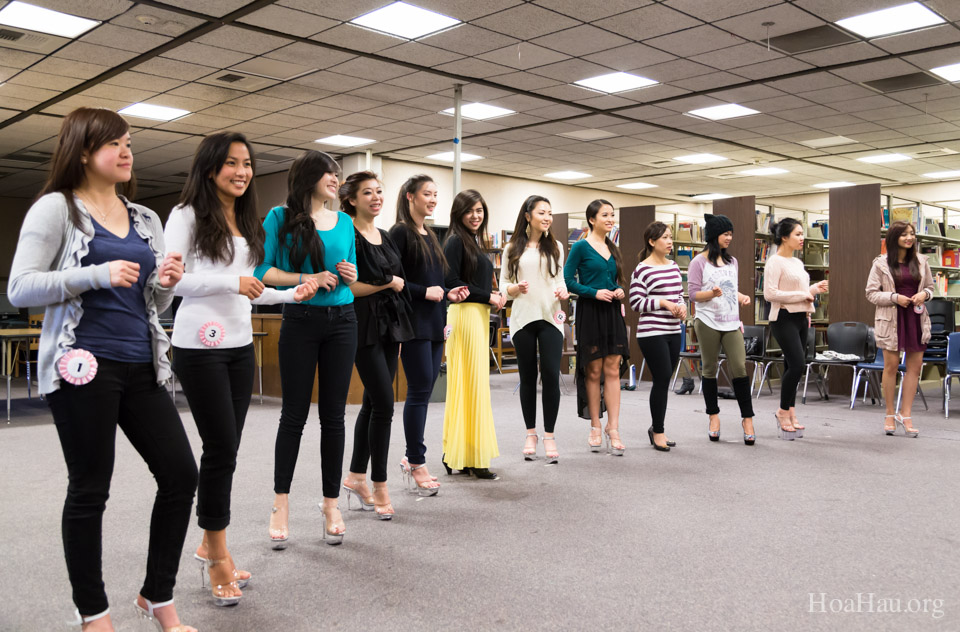 01-19-2014 last day of practice - Miss Vietnam 2014 Pageant - Image 111