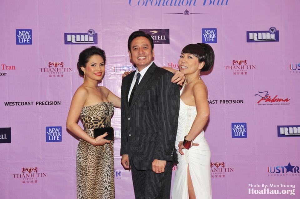 Coronation 2013 - Dang Quang - Hoa Hau Ao Dai Bac Cali - San Jose - Image 012
