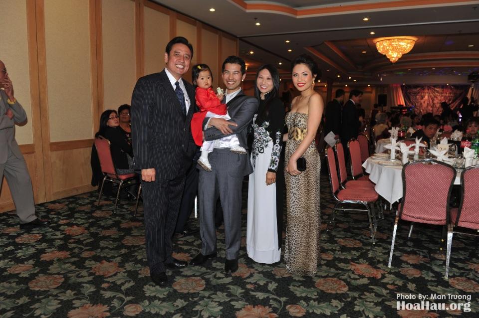 Coronation 2013 - Dang Quang - Hoa Hau Ao Dai Bac Cali - San Jose - Image 021