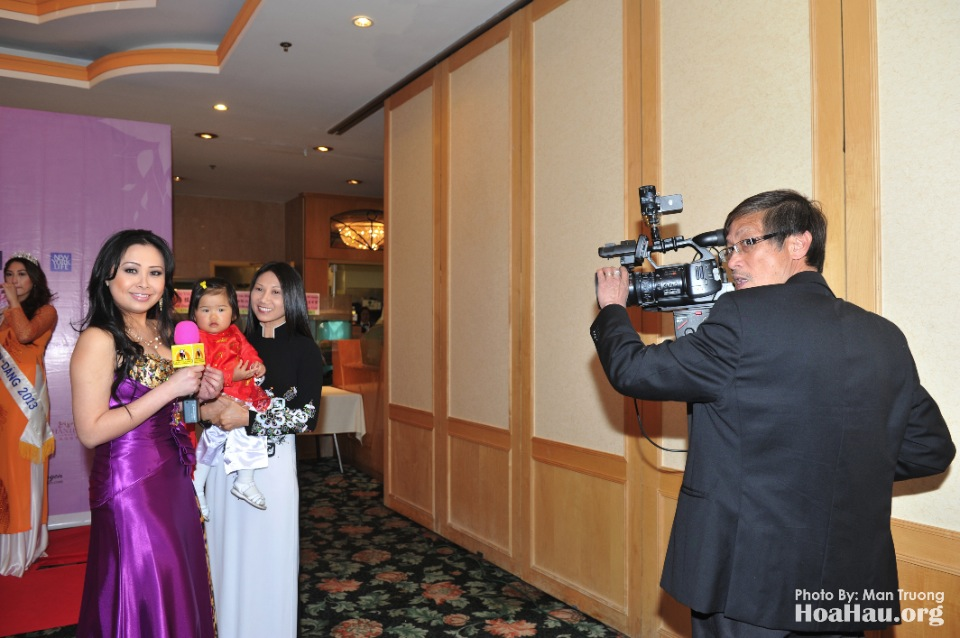 Coronation 2013 - Dang Quang - Hoa Hau Ao Dai Bac Cali - San Jose - Image 030