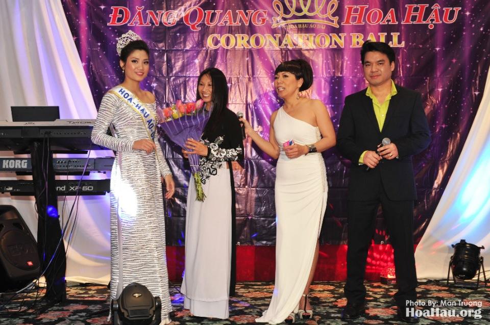 Coronation 2013 - Dang Quang - Hoa Hau Ao Dai Bac Cali - San Jose - Image 058