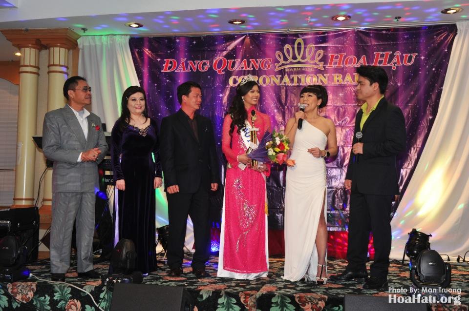Coronation 2013 - Dang Quang - Hoa Hau Ao Dai Bac Cali - San Jose - Image 071