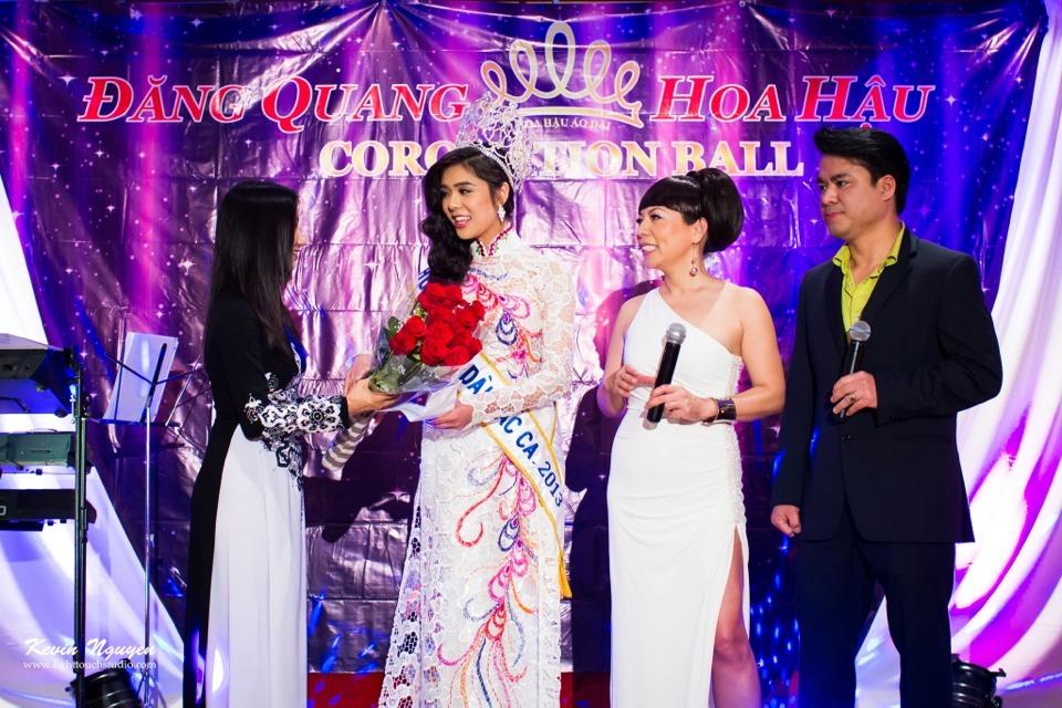 Coronation 2013 - Hoa Hau Ao Dai Bac Cali - Image 021