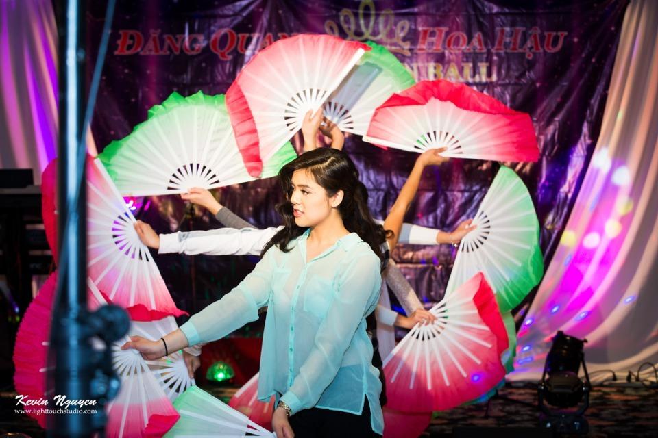 Coronation 2013 - Hoa Hau Ao Dai Bac Cali - Image 030