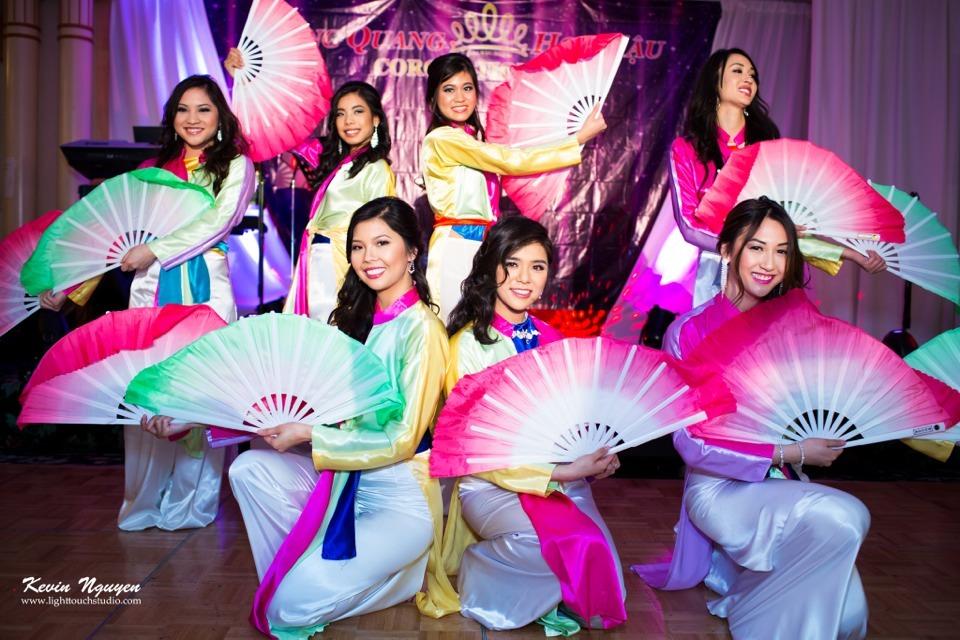 Coronation 2013 - Hoa Hau Ao Dai Bac Cali - Image 031