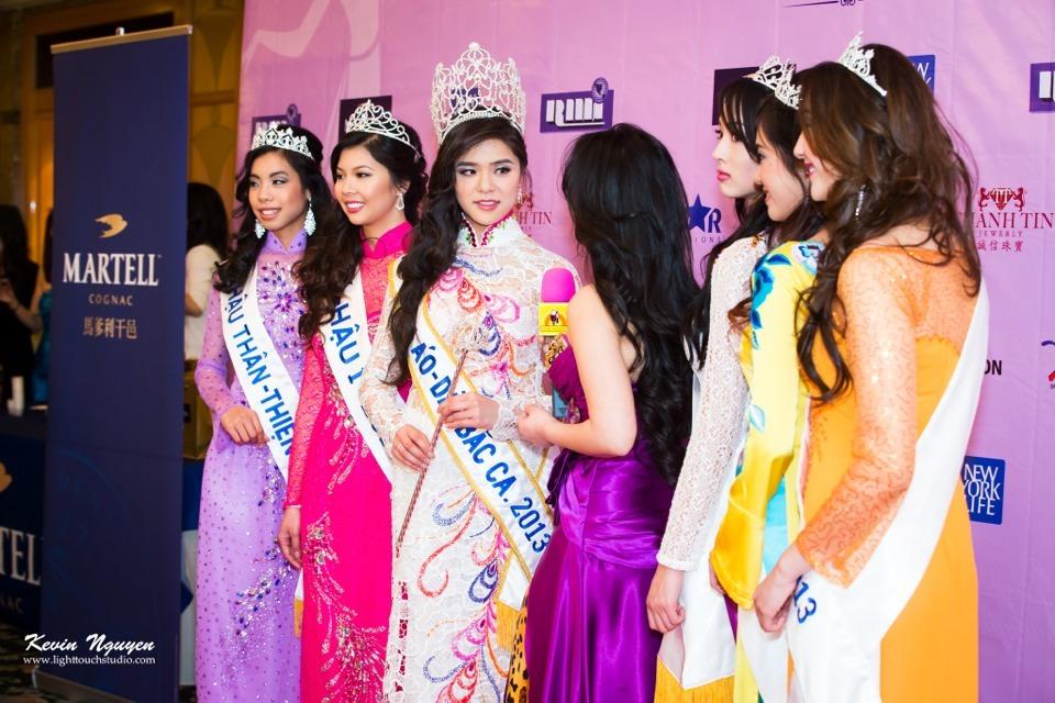Coronation 2013 - Hoa Hau Ao Dai Bac Cali - Image 036