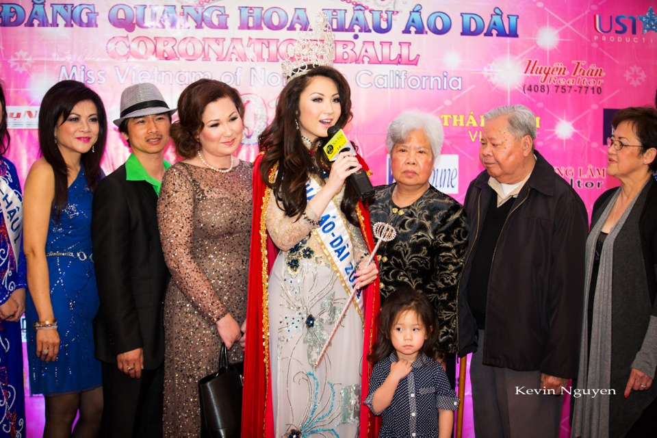 Coronation of Miss Vietnam of Northern California 2014 and Court - Image 020