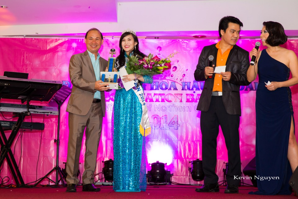 Coronation of Miss Vietnam of Northern California 2014 and Court - Image 029