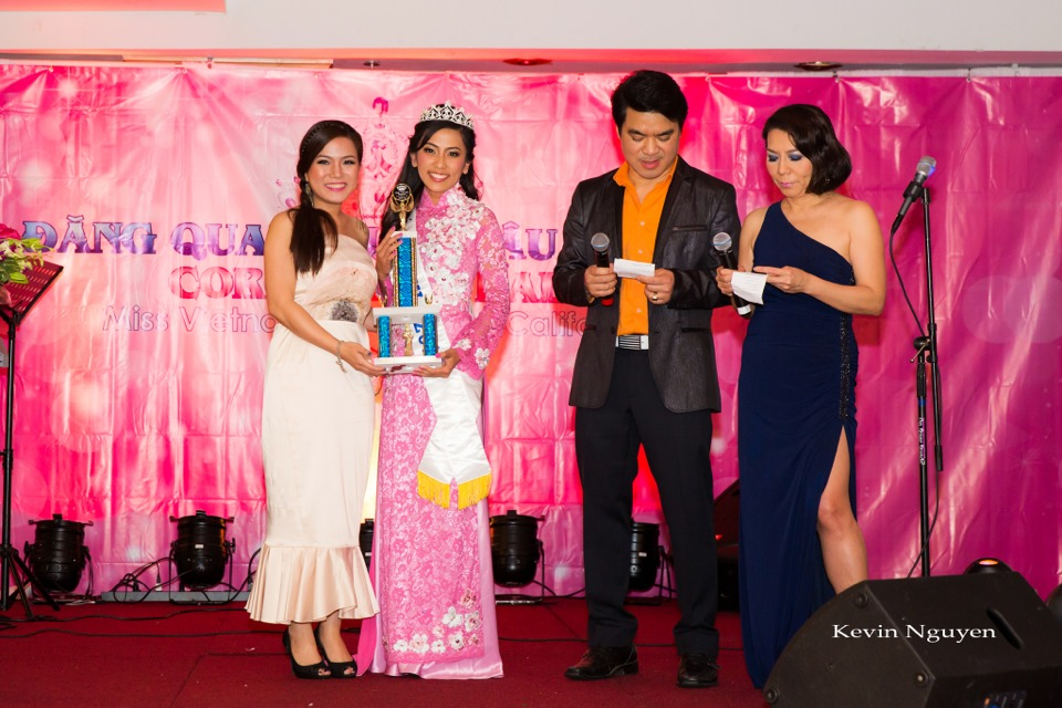Coronation of Miss Vietnam of Northern California 2014 and Court - Image 035