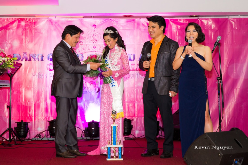 Coronation of Miss Vietnam of Northern California 2014 and Court - Image 037