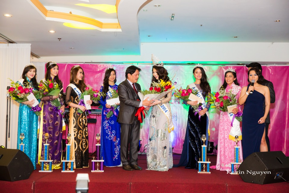 Coronation of Miss Vietnam of Northern California 2014 and Court - Image 053