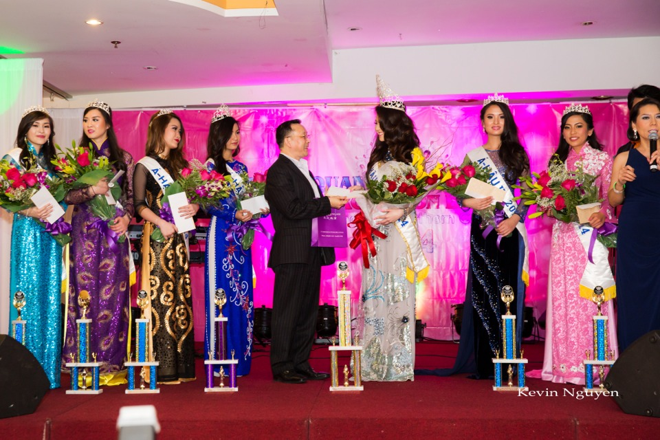 Coronation of Miss Vietnam of Northern California 2014 and Court - Image 057