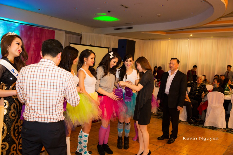 Coronation of Miss Vietnam of Northern California 2014 and Court - Image 077