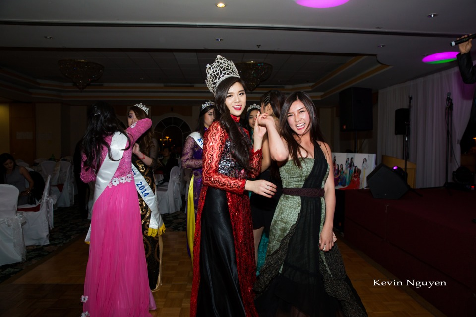 Coronation of Miss Vietnam of Northern California 2014 and Court - Image 098