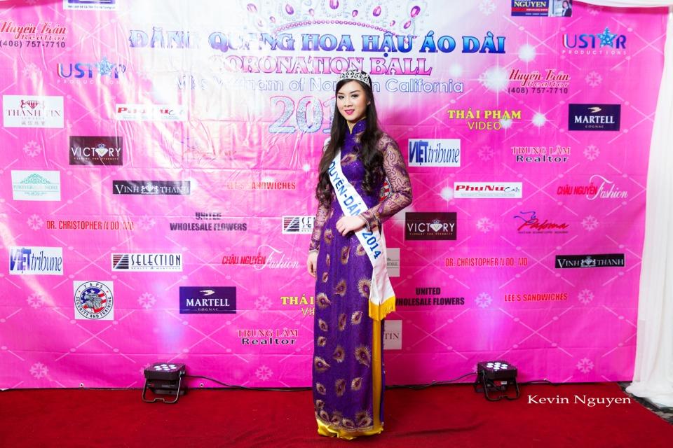 The Guests at the Coronation of Hoa Hau Ao Dai Bac Cali 2014 and Court - Image 005