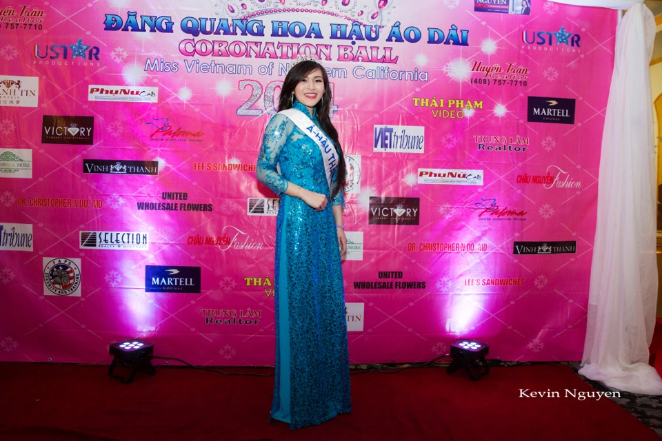 The Guests at the Coronation of Hoa Hau Ao Dai Bac Cali 2014 and Court - Image 007