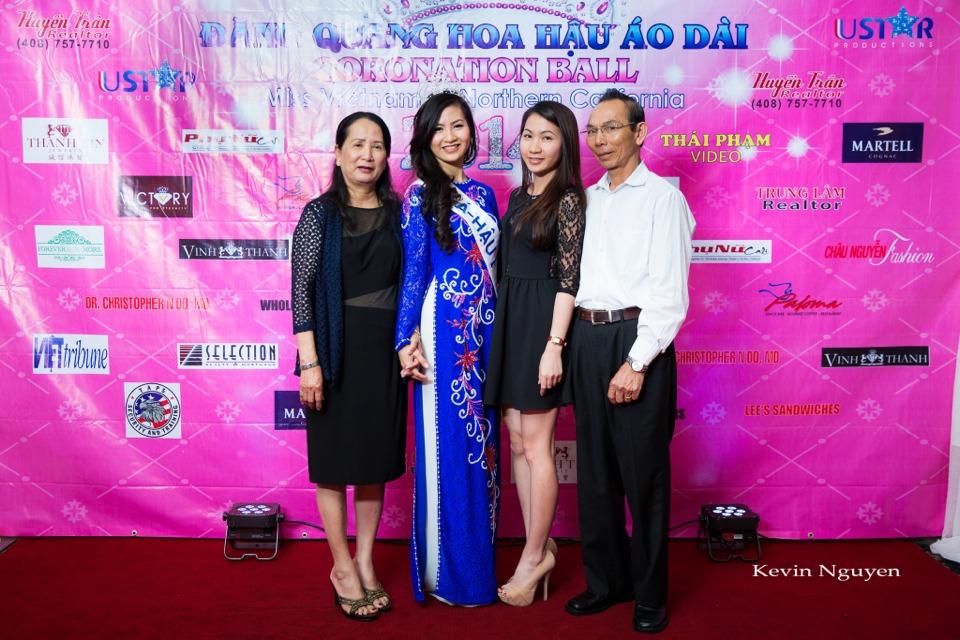 The Guests at the Coronation of Hoa Hau Ao Dai Bac Cali 2014 and Court - Image 014
