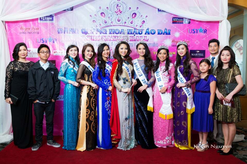 The Guests at the Coronation of Hoa Hau Ao Dai Bac Cali 2014 and Court - Image 018