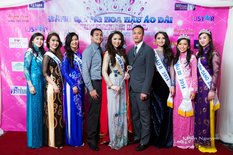 The Guests at the Coronation of Hoa Hau Ao Dai Bac Cali 2014 and Court - Image 021