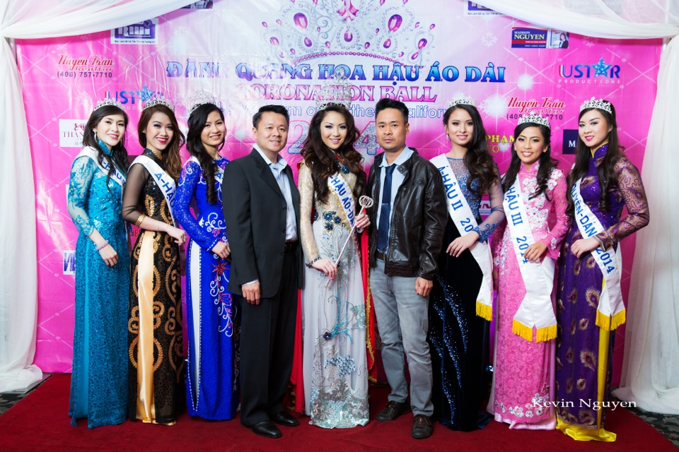 The Guests at the Coronation of Hoa Hau Ao Dai Bac Cali 2014 and Court - Image 025