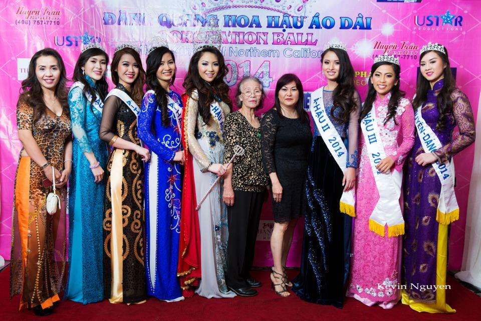 The Guests at the Coronation of Hoa Hau Ao Dai Bac Cali 2014 and Court - Image 028