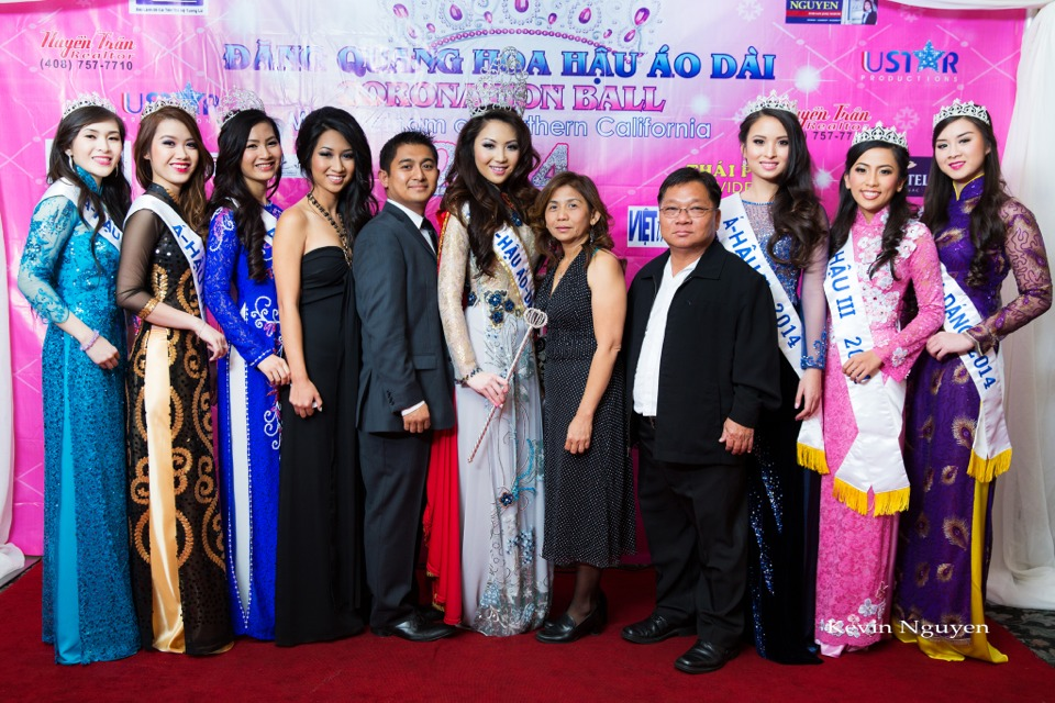 The Guests at the Coronation of Hoa Hau Ao Dai Bac Cali 2014 and Court - Image 030