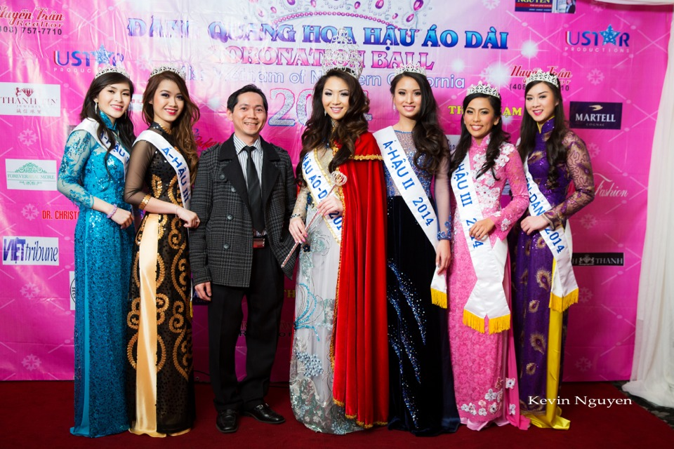 The Guests at the Coronation of Hoa Hau Ao Dai Bac Cali 2014 and Court - Image 034