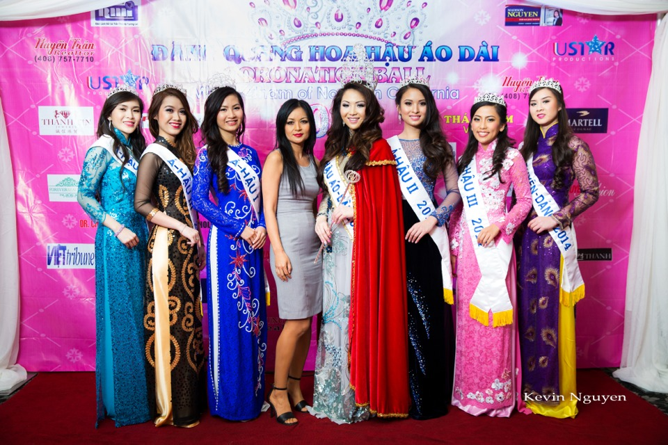 The Guests at the Coronation of Hoa Hau Ao Dai Bac Cali 2014 and Court - Image 035