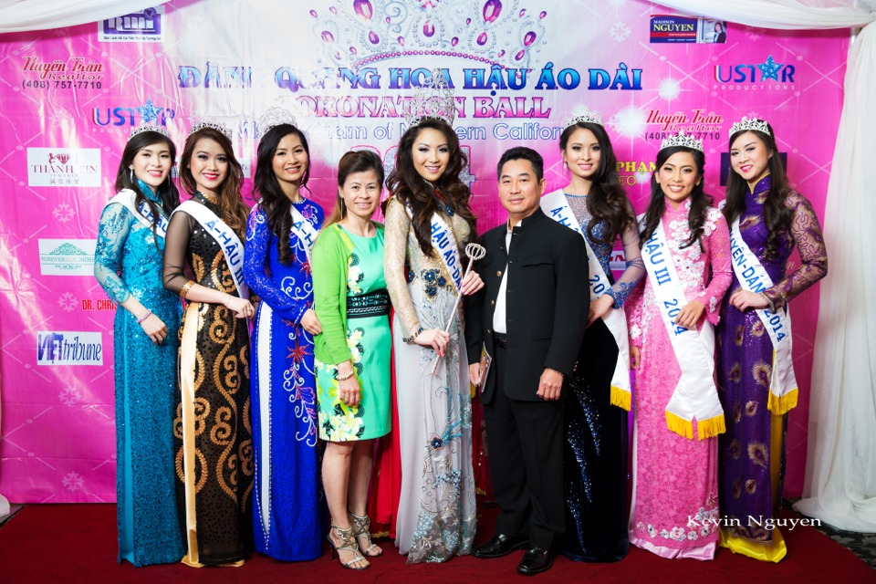 The Guests at the Coronation of Hoa Hau Ao Dai Bac Cali 2014 and Court - Image 039