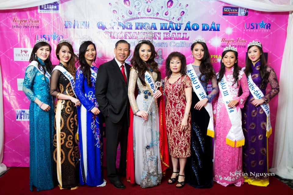 The Guests at the Coronation of Hoa Hau Ao Dai Bac Cali 2014 and Court - Image 040