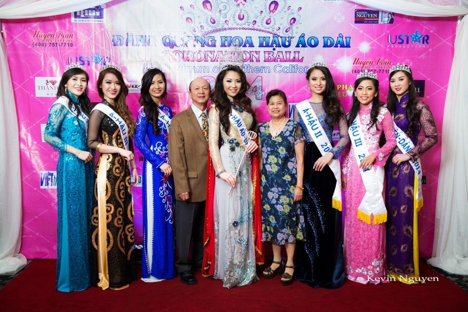 The Guests at the Coronation of Hoa Hau Ao Dai Bac Cali 2014 and Court - Image 042