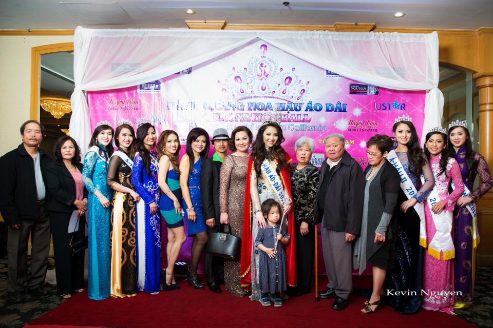 The Guests at the Coronation of Hoa Hau Ao Dai Bac Cali 2014 and Court - Image 045