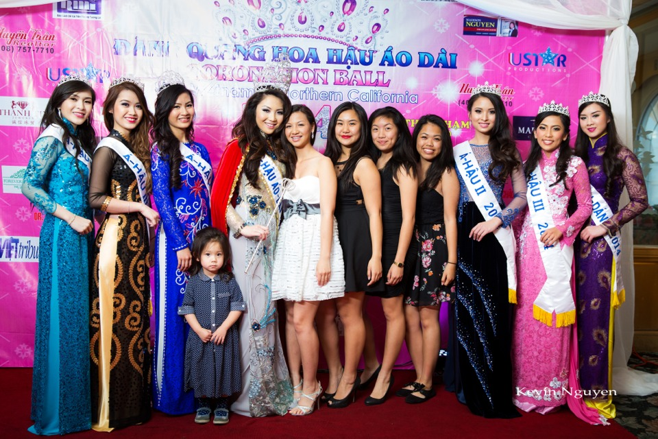 The Guests at the Coronation of Hoa Hau Ao Dai Bac Cali 2014 and Court - Image 047
